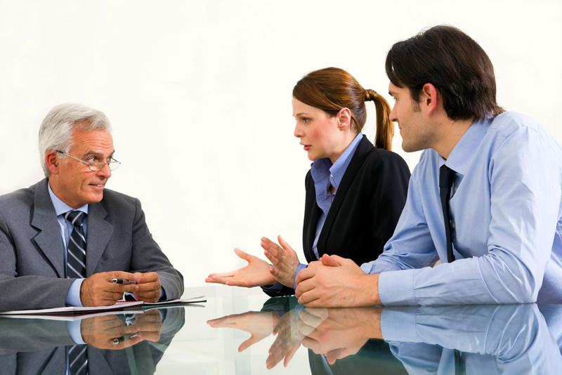 greseala-uriasa-pe-care-o-faci-cand-comunici-cu-investitorii-clientii-sau-angajatii-0090232